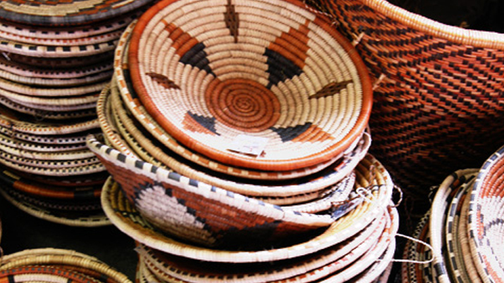 Basket Weaving Botswana : Basket weavers preserving their culture through art